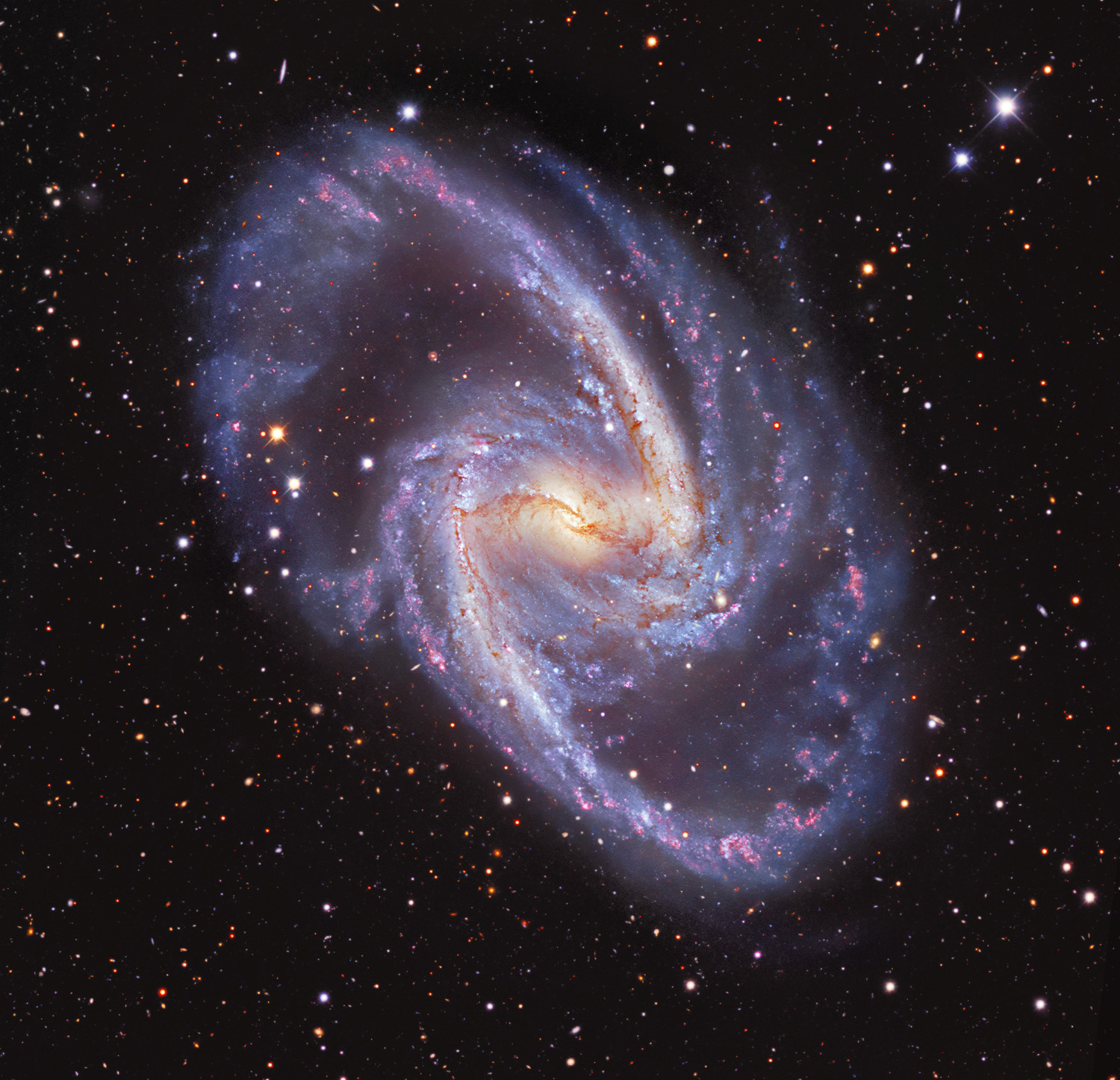 Spectacular image of the Great Barred Spiral Galaxy NGC 1365